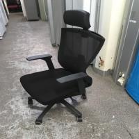 누클리어 메쉬 의자