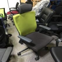 퍼시스 사무용 의자